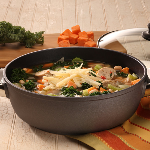 Swiss Diamond Classic 3.2-Qt. Covered Casserole Aluminum Non-Stick Dutch Oven