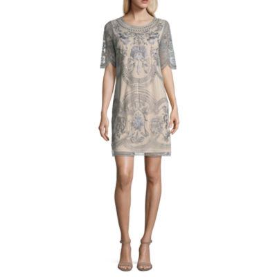 Spense Short Sleeve Floral Shift Dress