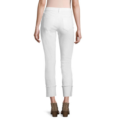 a.n.a Modern Fit Embriodered Ankle Leg Capri with Wide Cuff
