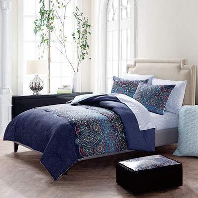 VCNY Dakota Reversible Complete Bedding Set with Sheets