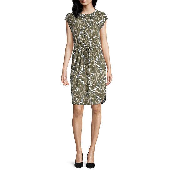 Liz Claiborne Sleeveless Animal T-Shirt Dresses