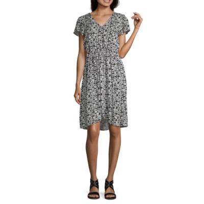 Peyton & Parker Short Sleeve Floral Wrap Dress