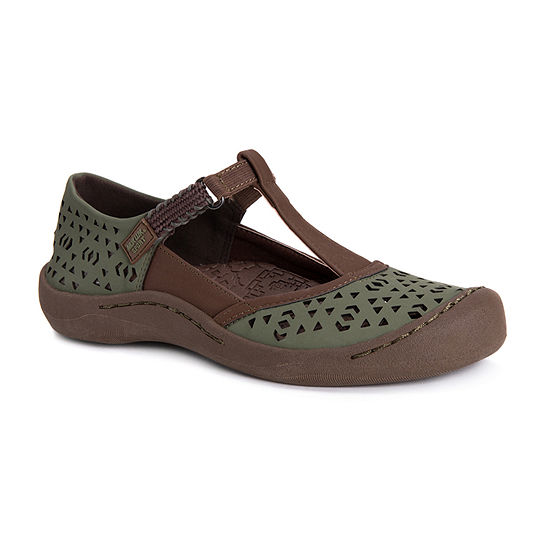 Muk Luks Womens Samantha Round Toe Slip-On Shoe