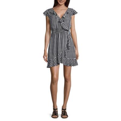 Arizona Short Sleeve Gingham Wrap Dress-Juniors