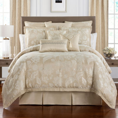Marquis By Waterford Emilia Jacobean Floral 4 Piece Comforter Set