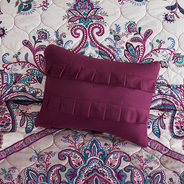 Intelligent Design Layne Coverlet Set