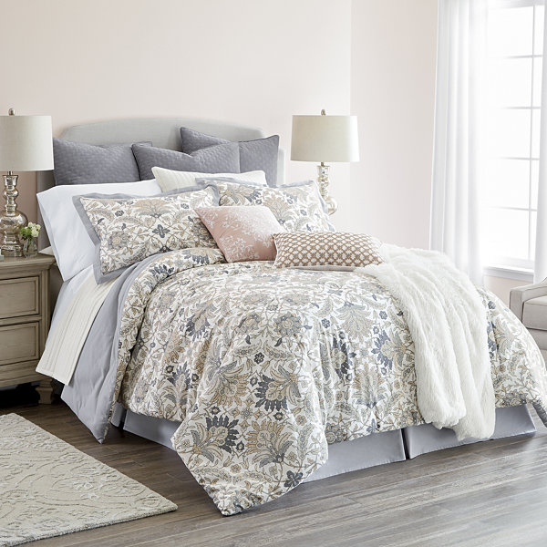JCPenney Home Marion 4-pc. Floral Comforter Set