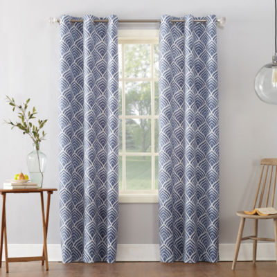 Sun Zero Clarke Geometric Print Room Darkening Thermal Insulated Grommet Curtain Panel