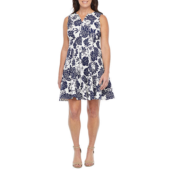 Danny & Nicole-Petite Sleeveless Floral Fit & Flare Dress