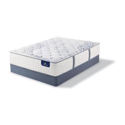 Serta® Perfect Sleeper® Elite Montcalm Plush - Mattress + Box Spring