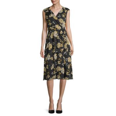 Liz Claiborne Short Sleeve Floral Wrap Dress