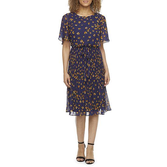 Studio 1 Short Sleeve Floral Fit & Flare Dress