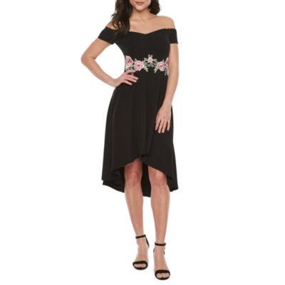 Premier Amour Off The Shoulder Applique Fit & Flare Dress