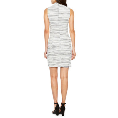 Sharagano Sleeveless Sheath Dress