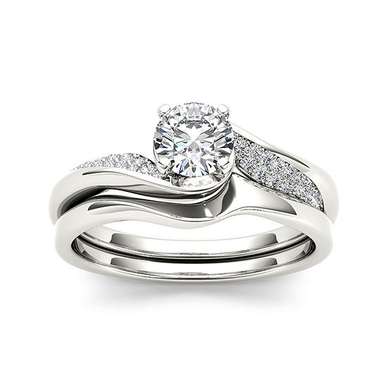 5/8 CT. T.W. Diamond 14K White Gold Bridal Ring Set