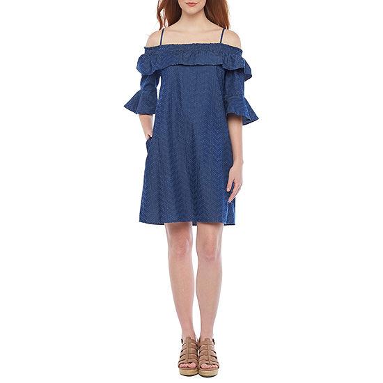 Vivi By Violet Weekend 3/4 Sleeve Cold Shoulder Shift Dress