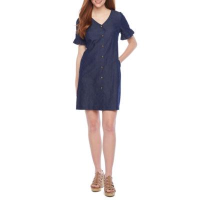 Vivi By Violet Weekend Short Sleeve Denim Shift Dress