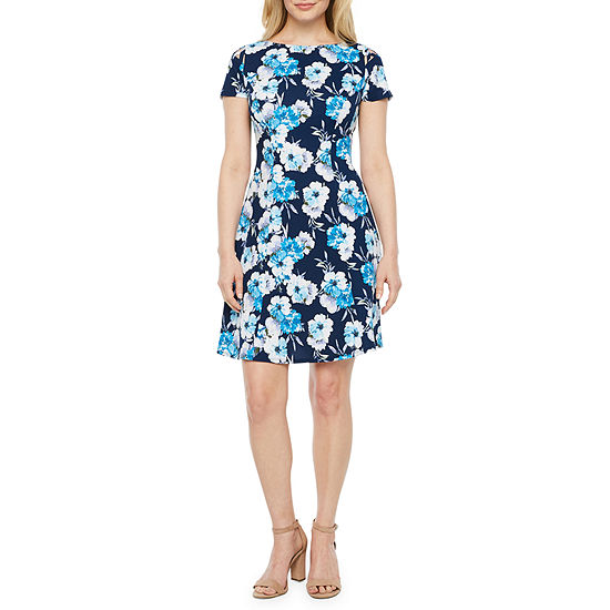 Alyx-Petite Short Sleeve Floral Fit & Flare Dress