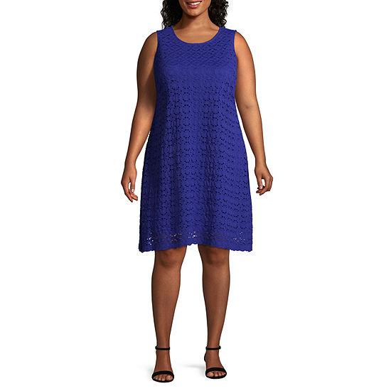 Ronni Nicole Sleeveless Circles Shift Dress - Plus
