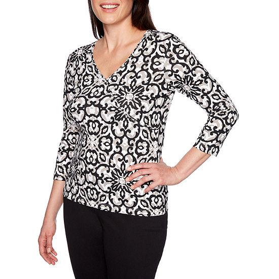 Lark Lane-Womens V Neck 3/4 Sleeve T-Shirt