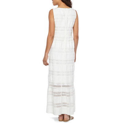 Studio 1 Sleeveless Matelasse Maxi Dress