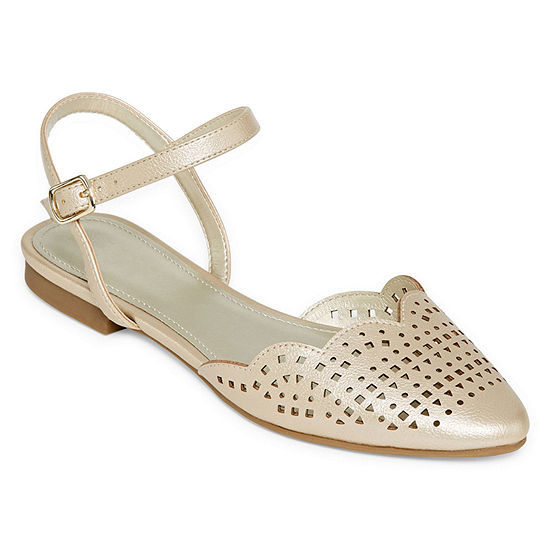 a.n.a Womens Dandy Buckle Closed Toe Ballet Flats