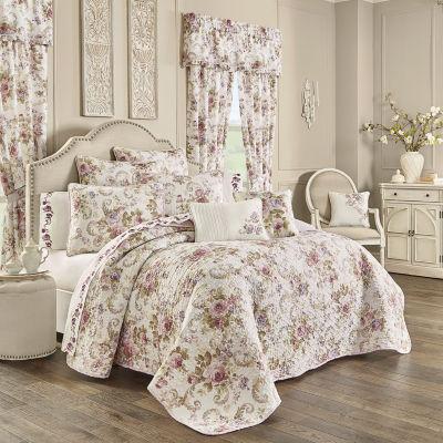 Royal Court Chambord Floral Quilt Set