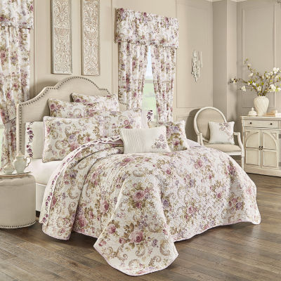 Royal Court Chambord Floral Quilt Set