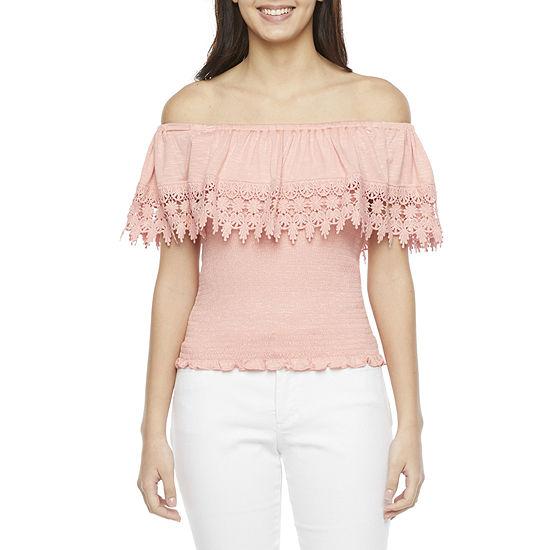 Rewind-Juniors Womens Straight Neck Short Sleeve Knit Blouse