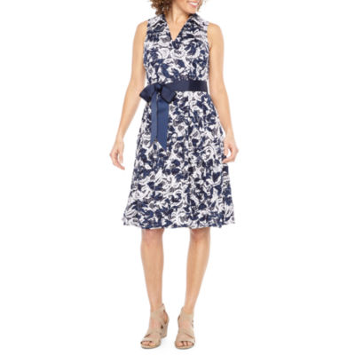 Robbie Bee Sleeveless Lace Floral Fit & Flare Dress