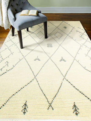 Sabina 100% Wool Hand Knotted Area Rug
