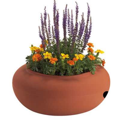 "Akro Mils RZ.GH210E35 21"" Terra Cotta Colored Plastic Garden Hose Pot"""