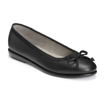 A2 by Aerosoles Womens Fair Bet  Round Toe Slip-On Shoe