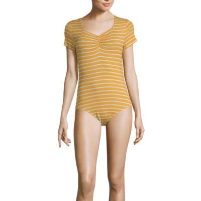 Arizona Womens Sweetheart Neck Short Sleeve Bodysuit-Juniors