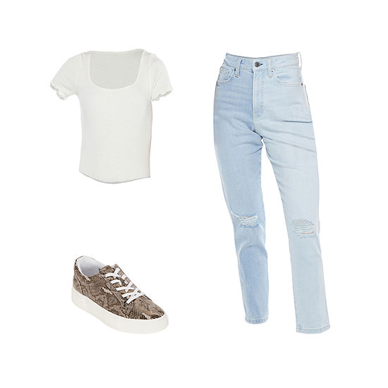 AZ TWO TONE JEAN/POLAR BEAR TOP: Arizona Bodysuit, High-Rise Mom Jeans & Sneakers