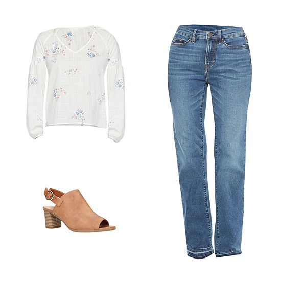 ANA KATIA FLORAL/BOOTCUT: a.n.a Smocked-Sleeve Top, Boot-Cut Jeans & Sandals