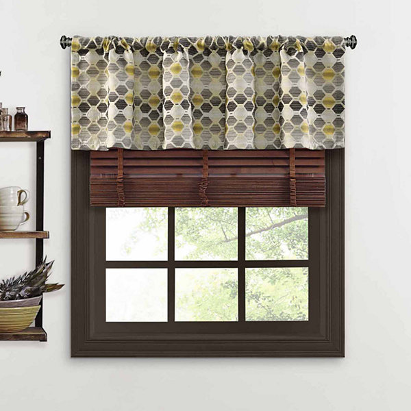 Quattro Rod-Pocket Tailored Valance