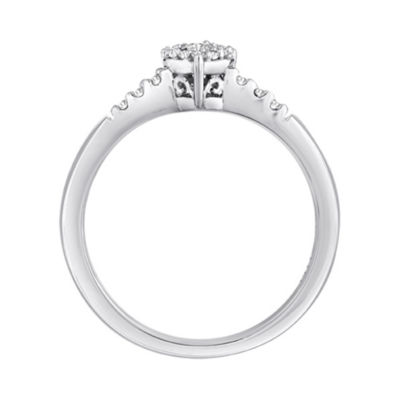 1/6 CT. T.W. Diamond Heart Ring