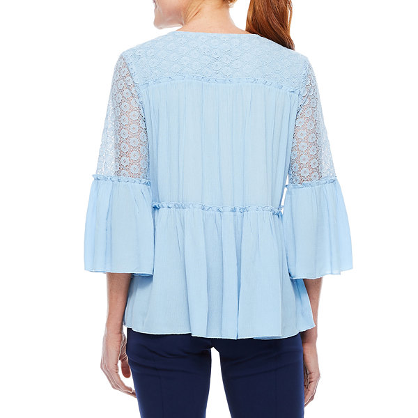 Sag Harbor Denim And Chambray 3/4 Sleeve Bell Sleeve Peasant Top