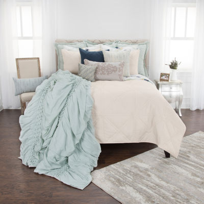 Rizzy Home Maddux Place Simpson Solid Hand Quilted  Quilt Set