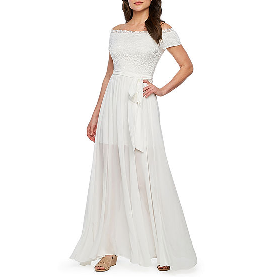 Premier Amour Off The Shoulder Maxi Dress