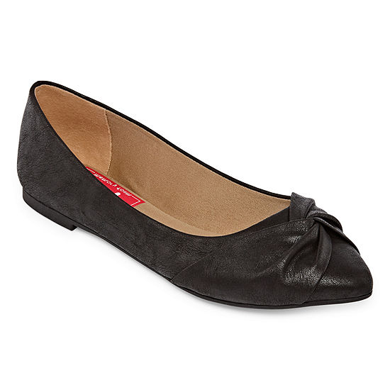 Pop Womens Happio Slip-on Closed Toe Ballet Flats