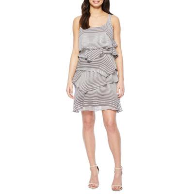 Robbie Bee Sleeveless Stripe Shift Dress