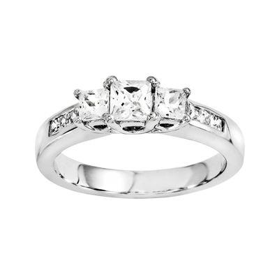 5/8 CT. T.W. Diamond 14K White Gold 3-Stone Ring