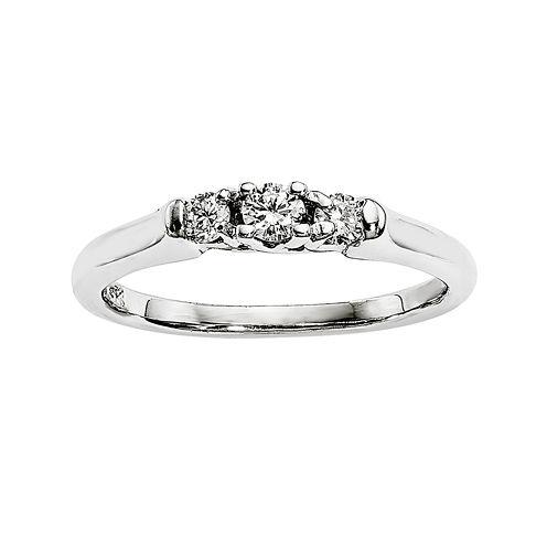 1/5 CT. T.W. Diamond 14K White Gold 3-Stone Ring