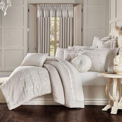 Queen Street Leanna 4-pc. Damask + Scroll Heavyweight Embroidered Comforter Set