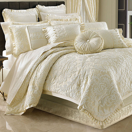 Queen Street Maddison 4-pc. Damask + Scroll Comforter Set