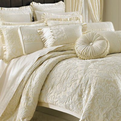 Queen Street® Maddison 4-pc. Jacquard Comforter Set