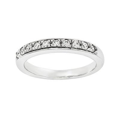 1/5 CT. T.W. Diamond 14K White Gold Wedding Band