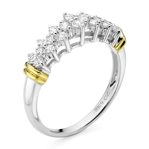 1/2 CT. T.W. Diamond 10K Two-Tone Gold Pyramid Ring